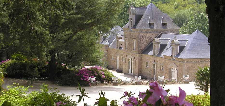 Du charme au château de Locguénolé